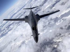 B1_Lancer_Strategic_Bomber_freecomputerdesktopwallpaper_p