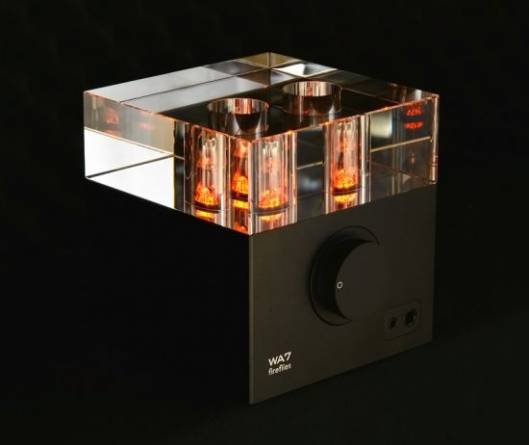 Woo Audio's WA7 'Fireflies' high performance vacuum tube headphone amplifier