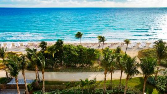 The St. Regis Bal Harbour Resort Beach