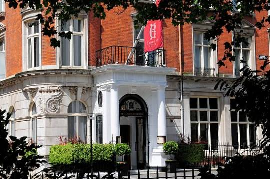 Cadogan Hotel offering the champagne baths