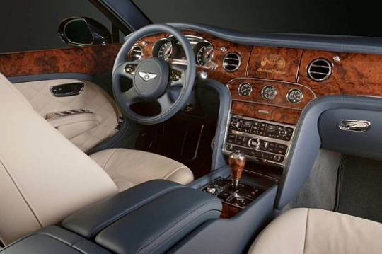 Bentley Mulsanne Diamond Jubilee interior front
