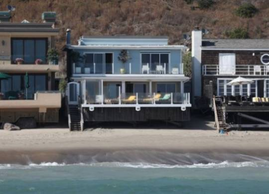 Rent Leonardo Di Caprio's Malibu pad for $75,000 per month