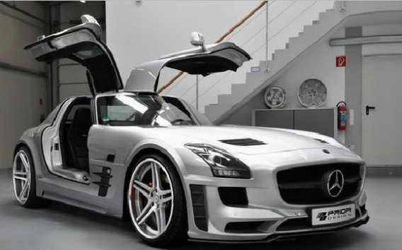 The 19-year-old Twilight star Taylor Lautner recently bought a $200,000 silver Mercedes SLS AMG