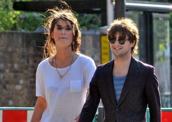 Daniel Radcliffe was spotted wearing the Ray-Ban 3016 Clubmaster Sunglasses on a street along with his girlfriend Rosanne Coker