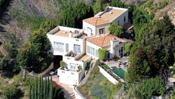 The four-storey residence (built in 1998) was bought by the actress-singer, Brittany Murphy