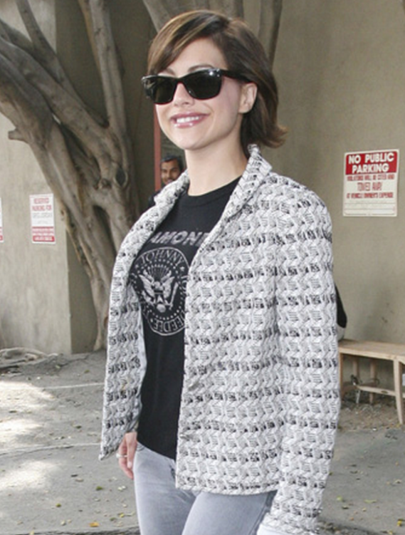 Murphy was snapped wearing these $332 designer shades outside the John Frida hair salon.