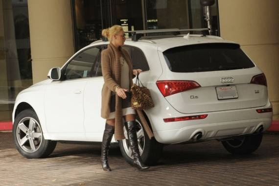 photo of Katherine Heigl Audi Q5 - car
