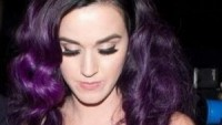 Canturi ring complements Katy's nail art