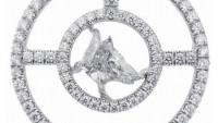 A Fancy Cut Diamond dog pendant from Meche to show your love for animals