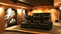 DIYer's Pirate-themed Home Theater impresses A/V geeks