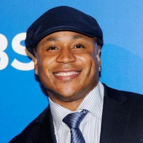 The 50-year old son of father James Smith and mother Ondrea Smith, 187 cm tall LL Cool J in 2018 photo