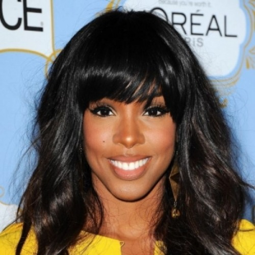 Kelly Rowland earned a  million dollar salary, leaving the net worth at 30 million in 2017
