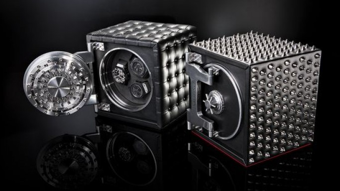 Doettling clads Colosimo watch safe in leather and spikes