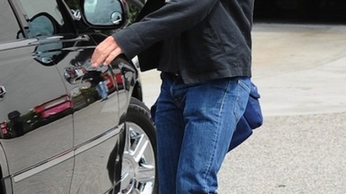 Daniel Craig was spotted wearing the Nike Toki ND Men's Shoe, which is a perfect blend of basketball shoes and the everyday sneakers.