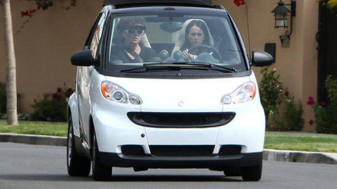 Jenifer was spotted recently cruising along in the smart Fortwo, designed by Nicolas Hayek of Swatch watches.