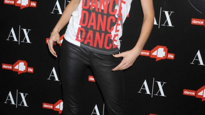 The actress wore this Armani Tee during a charity event held in New York City.