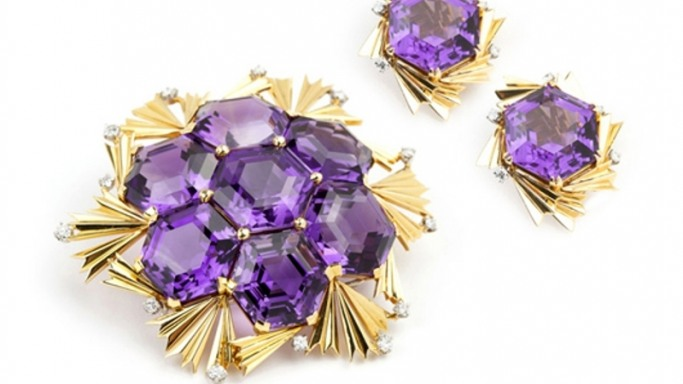 Jewellery in demand at John Moran Auctioneers