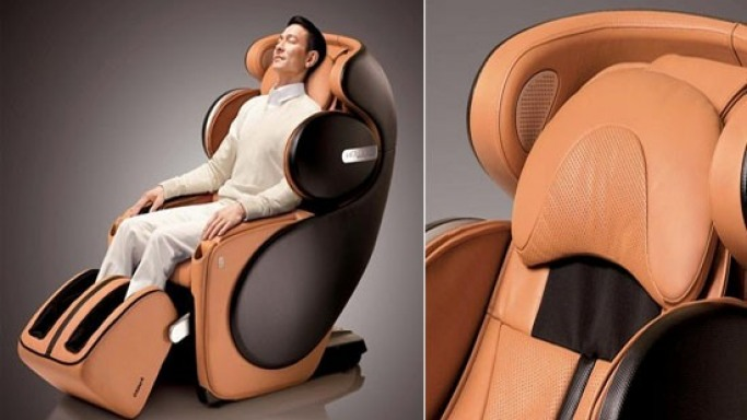 Osim full body massage chair uDivine Sport is inspired by sports car