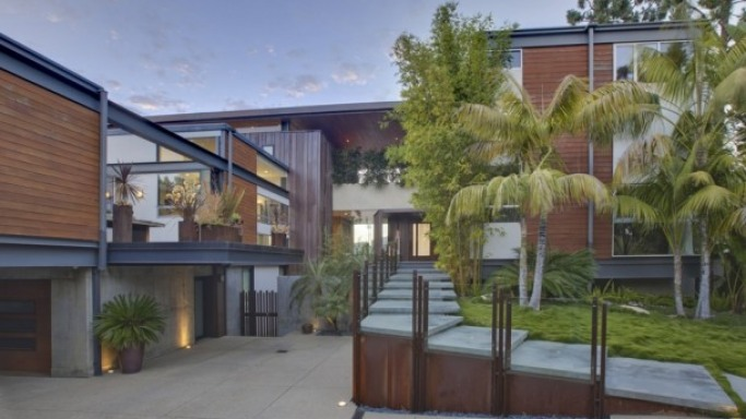Justin Bieber house in Los Angeles