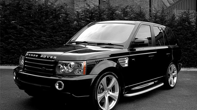 The actress once owned a $90,000 Land Rover Range Rover which was reportedly stolen from Camden Market in London in the year 2005.