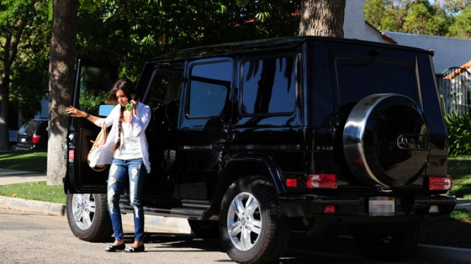 G-Wagen car - Color: Black  // Description: big