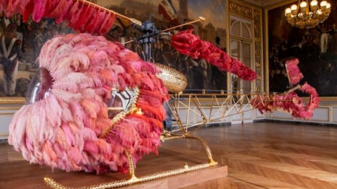 Gilded Helicopter 'Lilicoptere' is artist Joana Vasconcelos' luxury homage to Last French Queen Marie Antoinette
