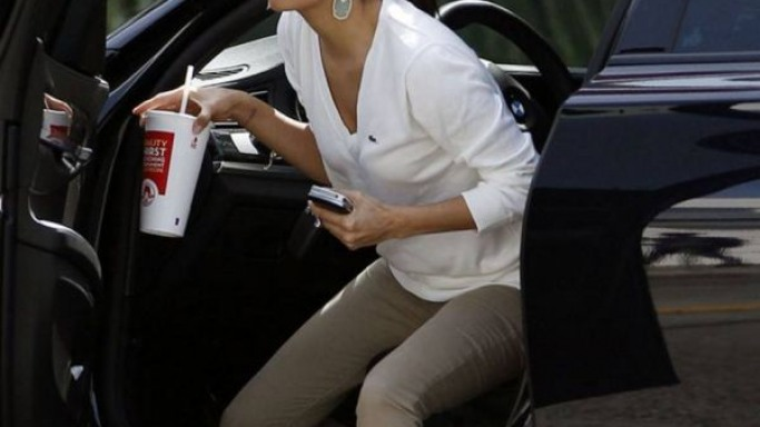 EvaLongoria drives BMW 7 Series