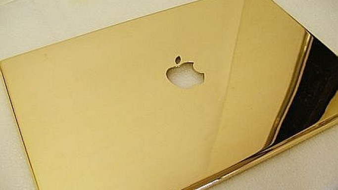 In photos – Gold-plated Macbook Pro project