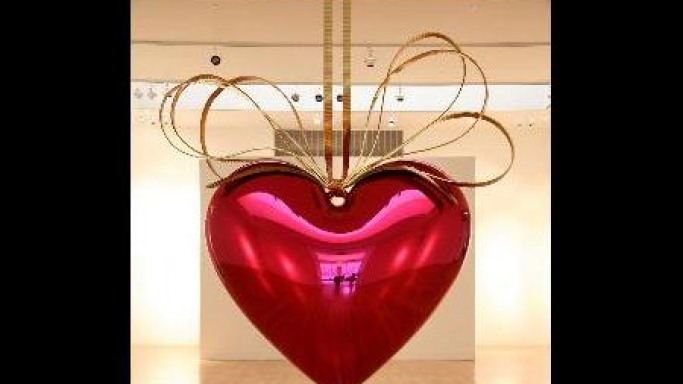Jeff Koons' hot-pink heart to fetch nearly $20 million