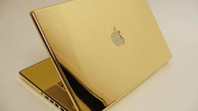 In photos – 24kt Gold & Diamonds Macbook Pro Finished