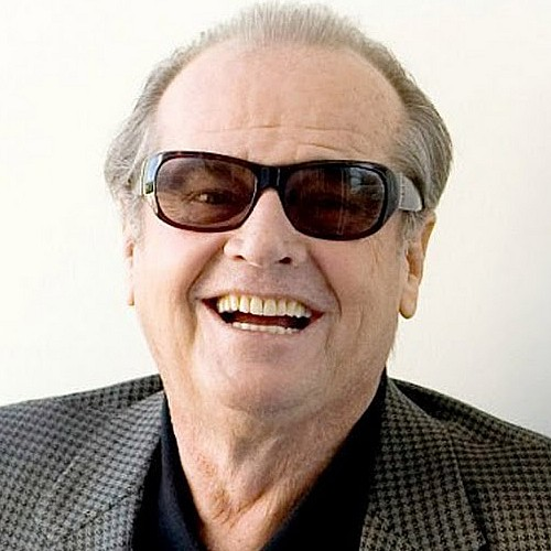 The 80-year old son of father Donald Furcillo  and mother June Frances Nicholson, 177 cm tall Jack Nicholson in 2017 photo