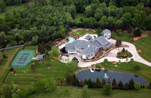 Eminem owns many grand mansions around the world with awesome décor ... Eminem House And Cars