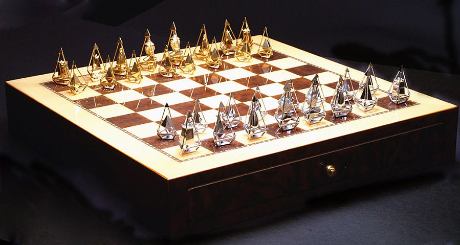 Luxury chess set bornrich - Most expensive chess board ...
